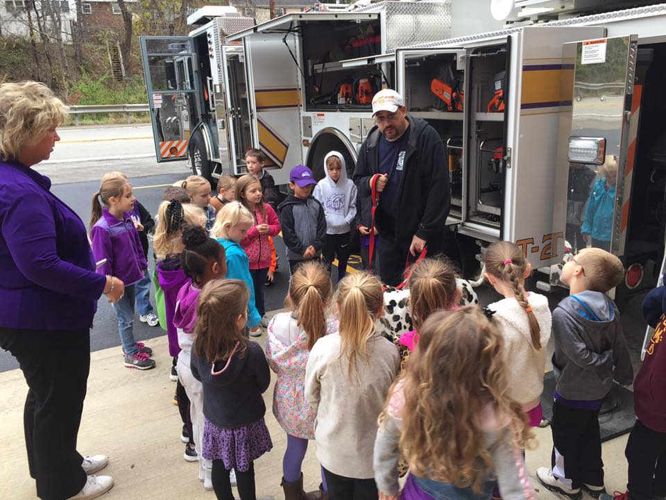 Holiday Park Elementary School visit to Station 236